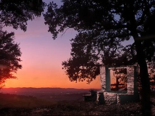 Puit-au-soleil-couchant.jpg