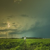 woman-in-prairie-fields
